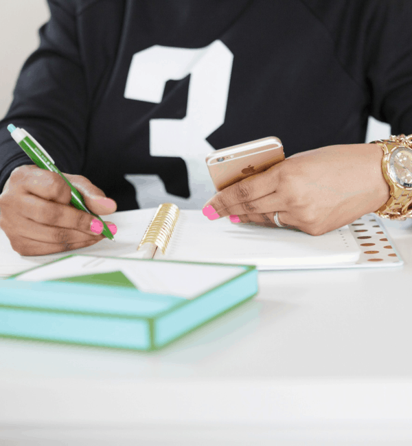 How to Earn Money with a Side Hustle on Etsy