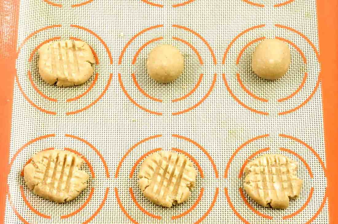 Paleo_Coconut_Flour_Shortbread_Cookies_Step_5
