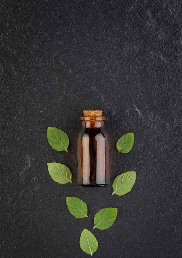 Essential Oils to Avoid for Pets and Babies