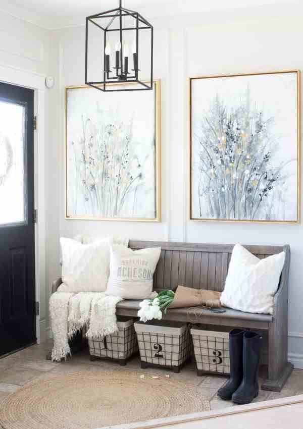 Farmhouse Entryway Makeover – We found a new bench that looks like a church pew!