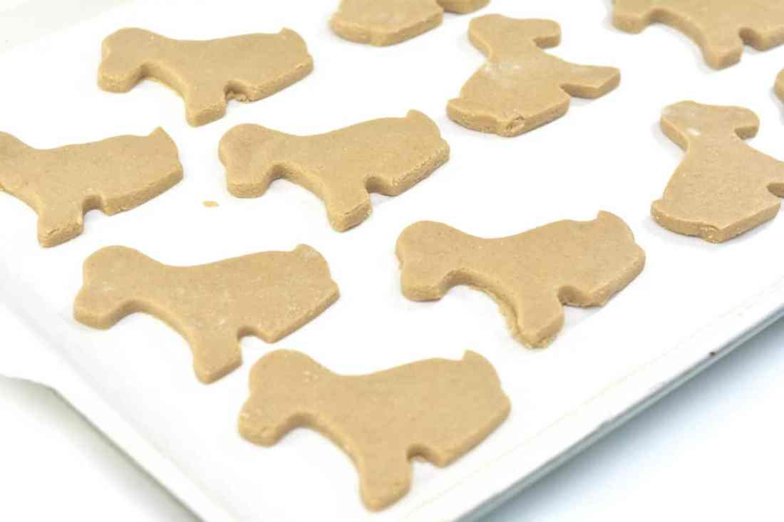 dog biscuits ready to bake