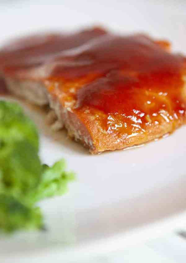 Make This Yummy Gluten Free Honey BBQ Baked Salmon Tonight!