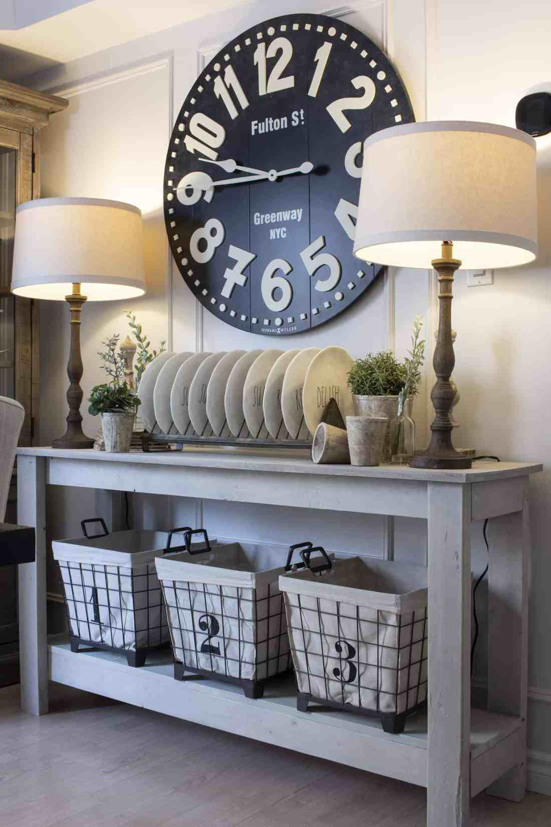 farmhouse style neutral spring decor