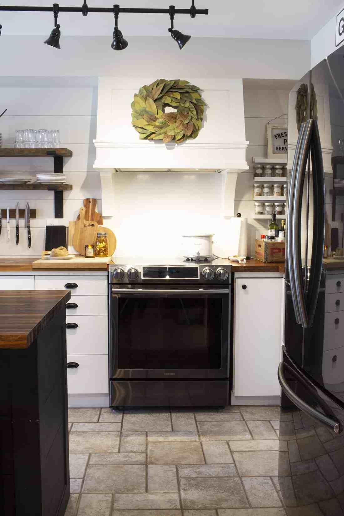 stove and range hood