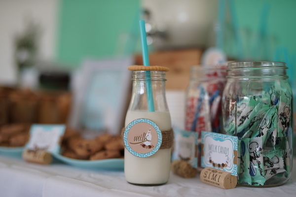 Lucas' Cookies and Milk DIY Party15