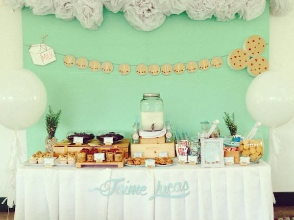 13 Easy DIY Backdrop Ideas you can Totally Make!