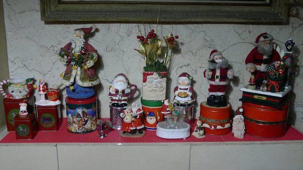 Homemade Parties Christmas House23
