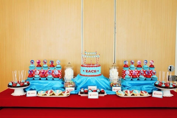 Homemade Parties DIY Elmo Party_Izach07
