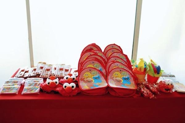 Homemade Parties DIY Elmo Party_Izach12