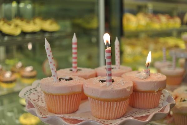 Homemade Parties DIY Party_Cupcake_Angel08
