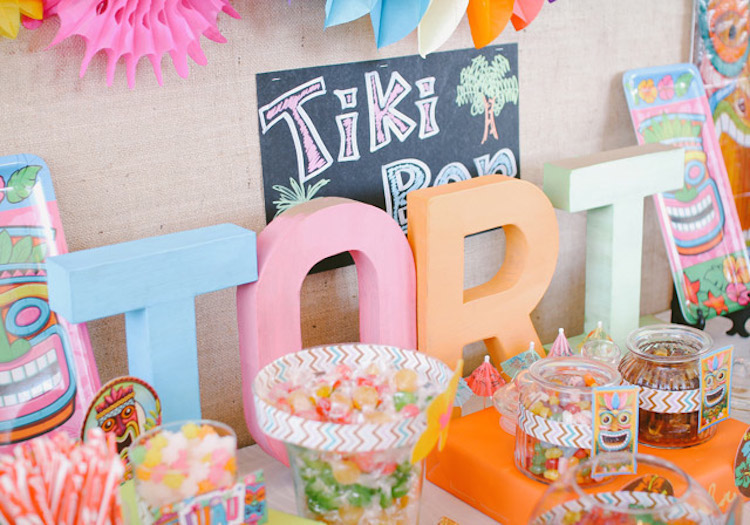 DIY Party_Hawaiian Luau_Tori17