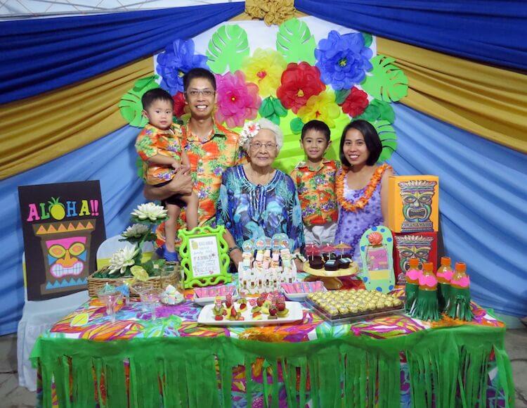Homemade Parties_DIY Luau Party_Santos17