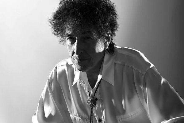 Único - Bob Dylan - disco novo Rough and Rowdy Ways