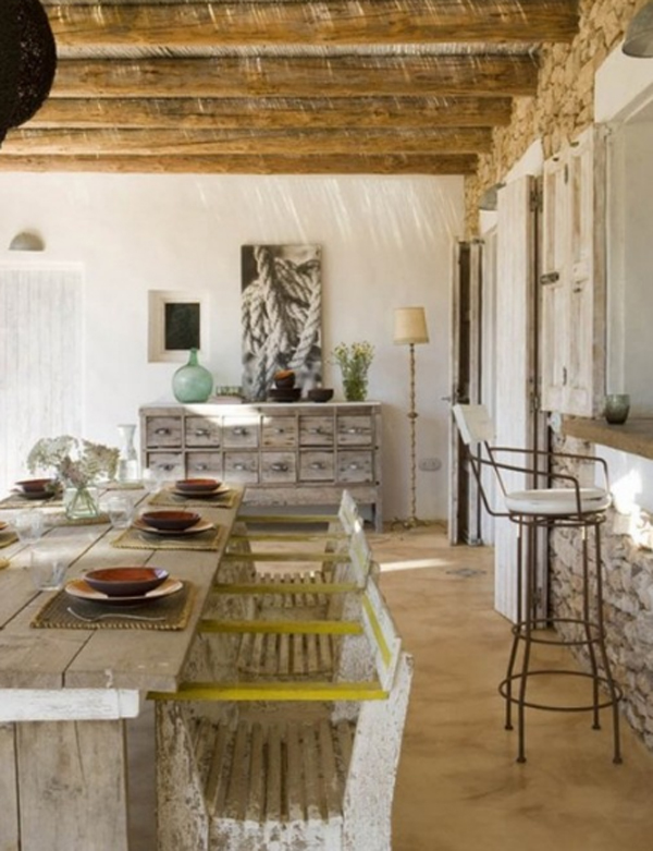 Traditional House Design With Vintage Wooden Furnitures