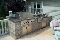 contempory-outdoor-kitchen-decorating-design