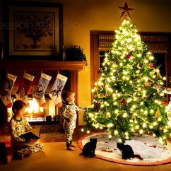 Beautiful Living Room Home Interior Decorations Black Table Sets Awesome-and-beautiful-christmas-tree-decorating-ideas