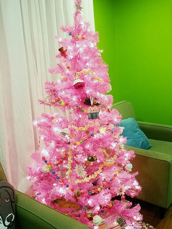 Cute And Beautiful Pink Christmas Tree Decor