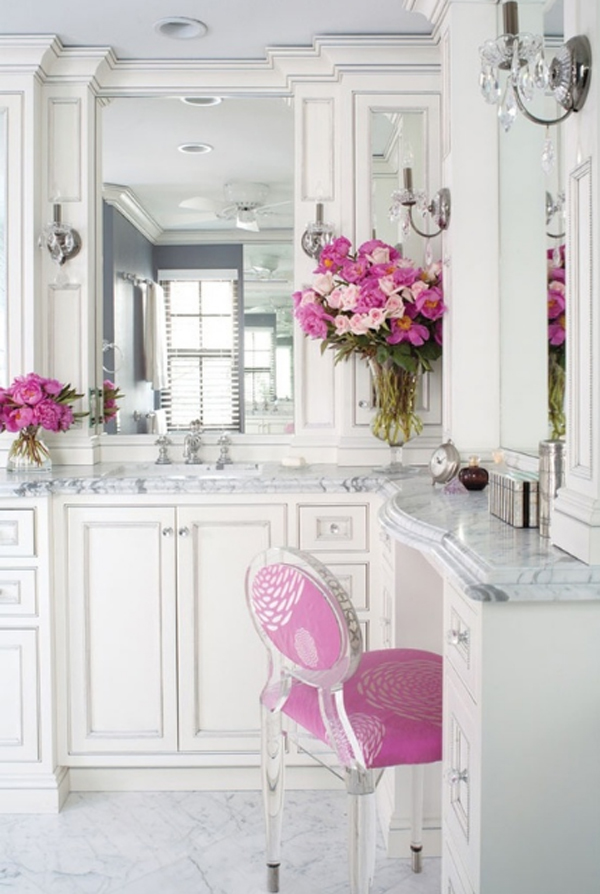 Luxury White Bathroom Design Ideas