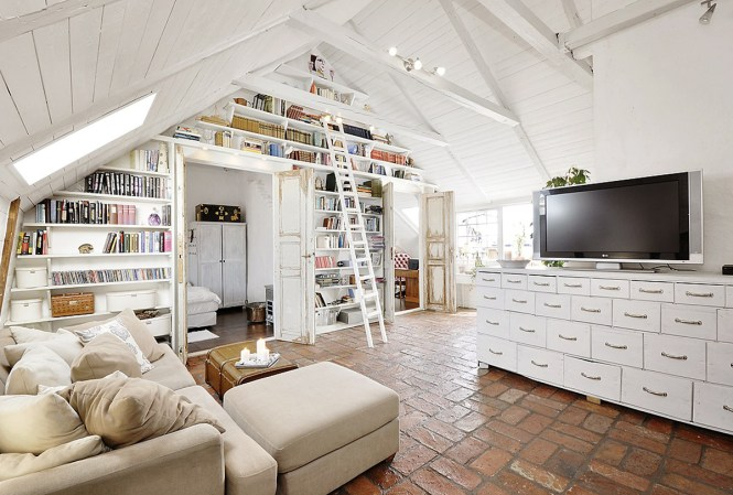 Attic Apartments Decor With Shabby Chic Styles