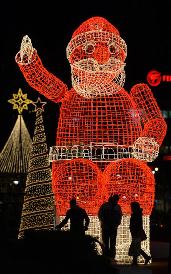 santaclauschristmaslights