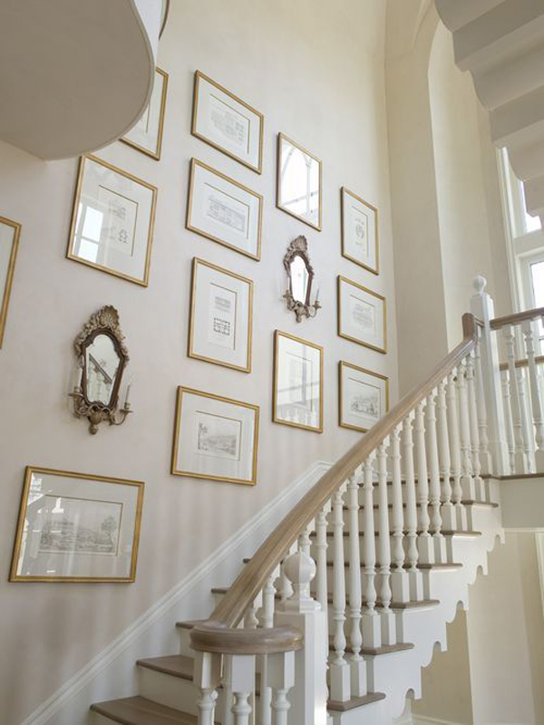 Create the bedroom of your dreams with the decorating ideas in this article. vintage-stair-gallery-wall-design   HomeMydesign