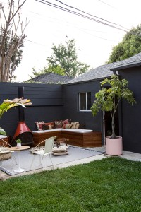 diy-backyard-seating-ideas