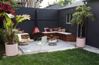 diy-patio-furniture-in-backyard