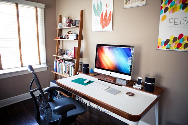 30 Modern iMac Computer Desk Arrangement | HomeMydesign