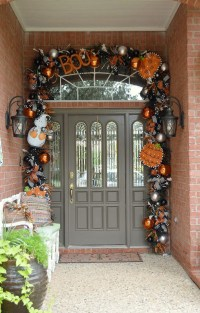 35 Awesome Halloween Front Door Ideas | Home Design And ...