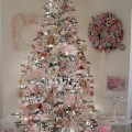 Here are 20 awesome christmas tree ideas and i hope your christmas