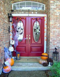 35 Awesome Halloween Front Door Ideas   Home Design And ...