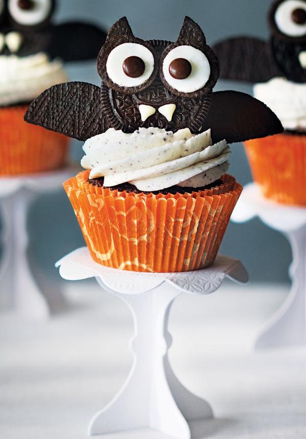halloweenoreobatcupcakes