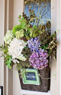10 Awesome Spring Decorations For Your Front Door   Home ...