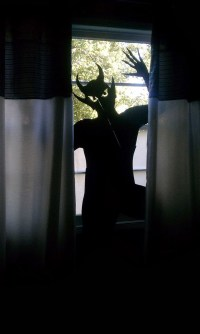 25 Scary DIY Halloween Window Silhouettes | Home Design ...