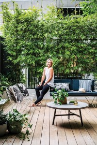 20 Urban Backyard Oasis With Tropical Decor Ideas | Home ...