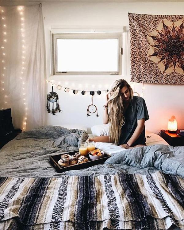 20 pretty dorm room