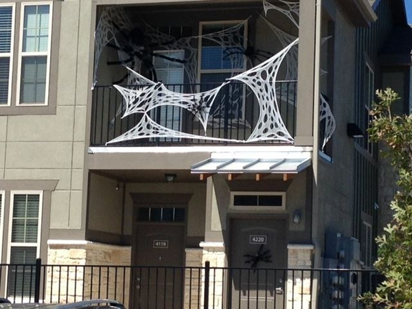 20 Most Amazing Halloween Decoration For Your Balconies Homemydesign