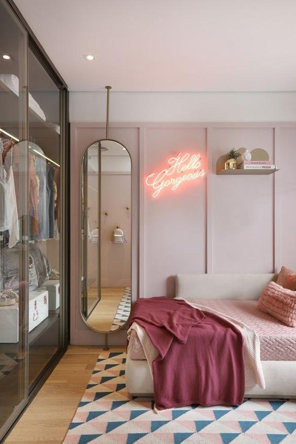 trendy bedroom mirror designs