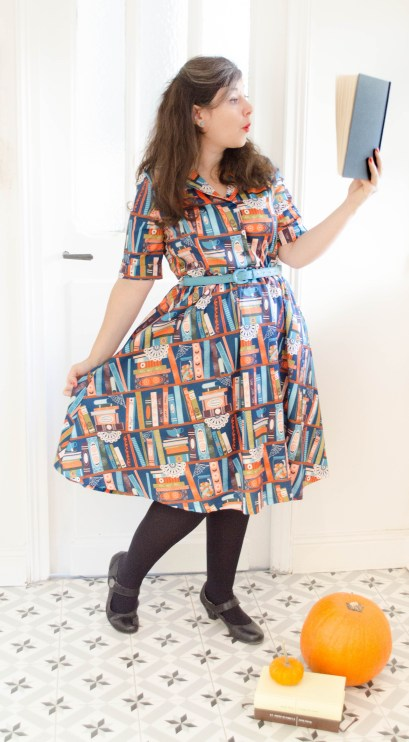 robe-swing-harry-potter-magic-book-print-lindy-bop-shirt-dress
