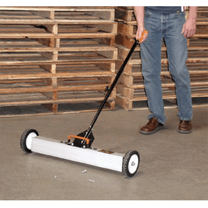 Central-Machinery-30-Magnetic-Sweeper-with-Wheels