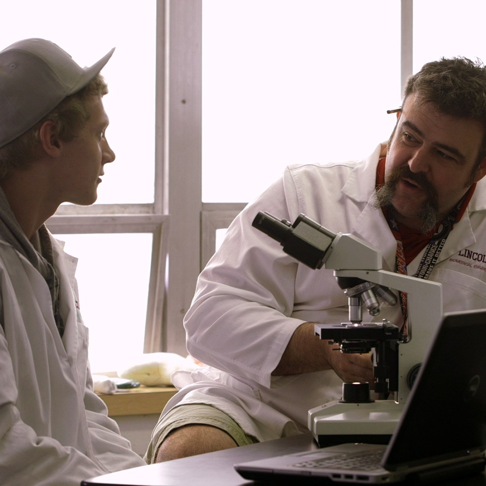 PT Screencap – Gordon Connects With Male Student