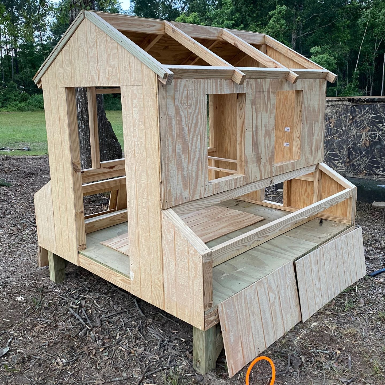 DIY Farmhouse Chicken Coop Siding