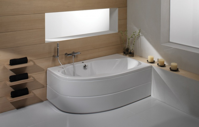 Duna Bathtub