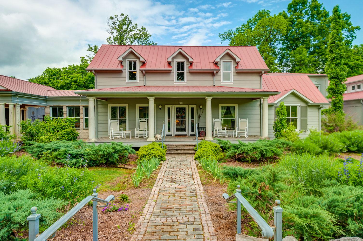 810 Wiltshire Rd Vanleer TN 37181  House for Sale