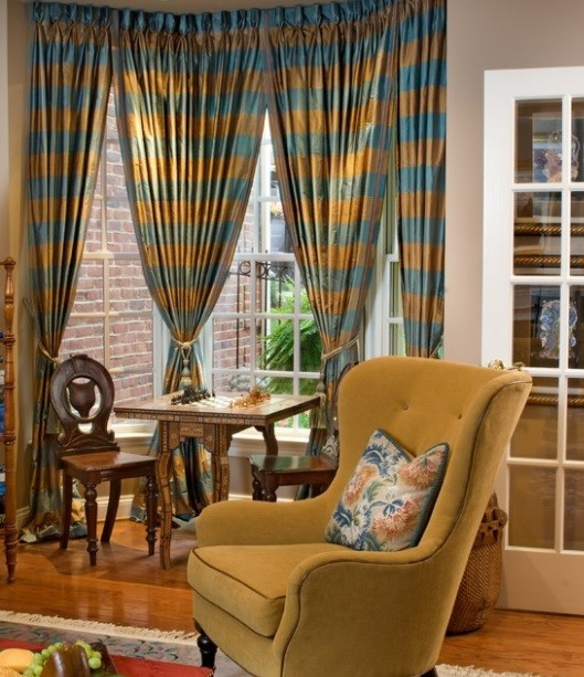 How To Select Curtains For Living Room