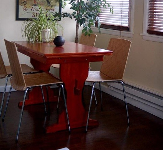 3 Tips For Finding The Perfect Narrow Dining Room Table