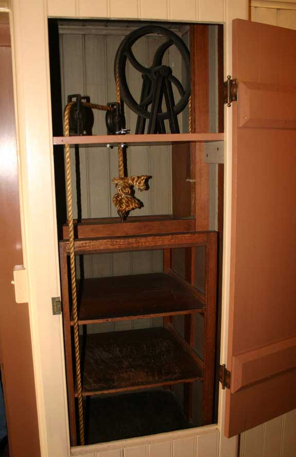 Dumbwaiter at Top Position