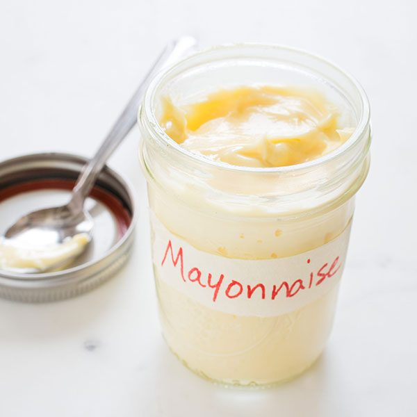 use of mayonnaise for dry curly hair