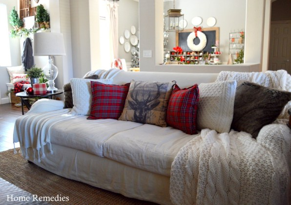 A Rustic and  Cozy Farmhouse Style Family Room from HomeRemediesRx.com