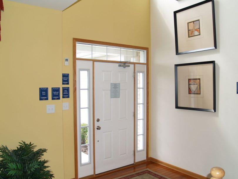 New Home Model Savanna - 2 Story Foyer